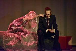 "Premijera predstave ""Igra oko smrti/Lozinka: krizanteme u Gradskom kazalištu Zorin dom 19. rujna 2015. Kasija Vrbanac i Karlo Mrkša. Foto: Foto: Igor Čepurkovski"