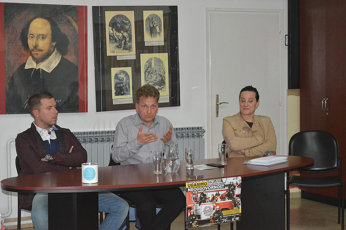 Krešimir Lemić, Luka Oman, Andrea Vrbanek, Knjižnica za mlade, Karlovac, 5. 5. 2017. Foto: Marinko Polović