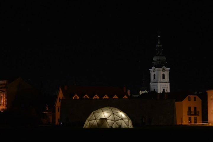 Kupola na Velikoj promenadi. Foto: Denis Mikšić