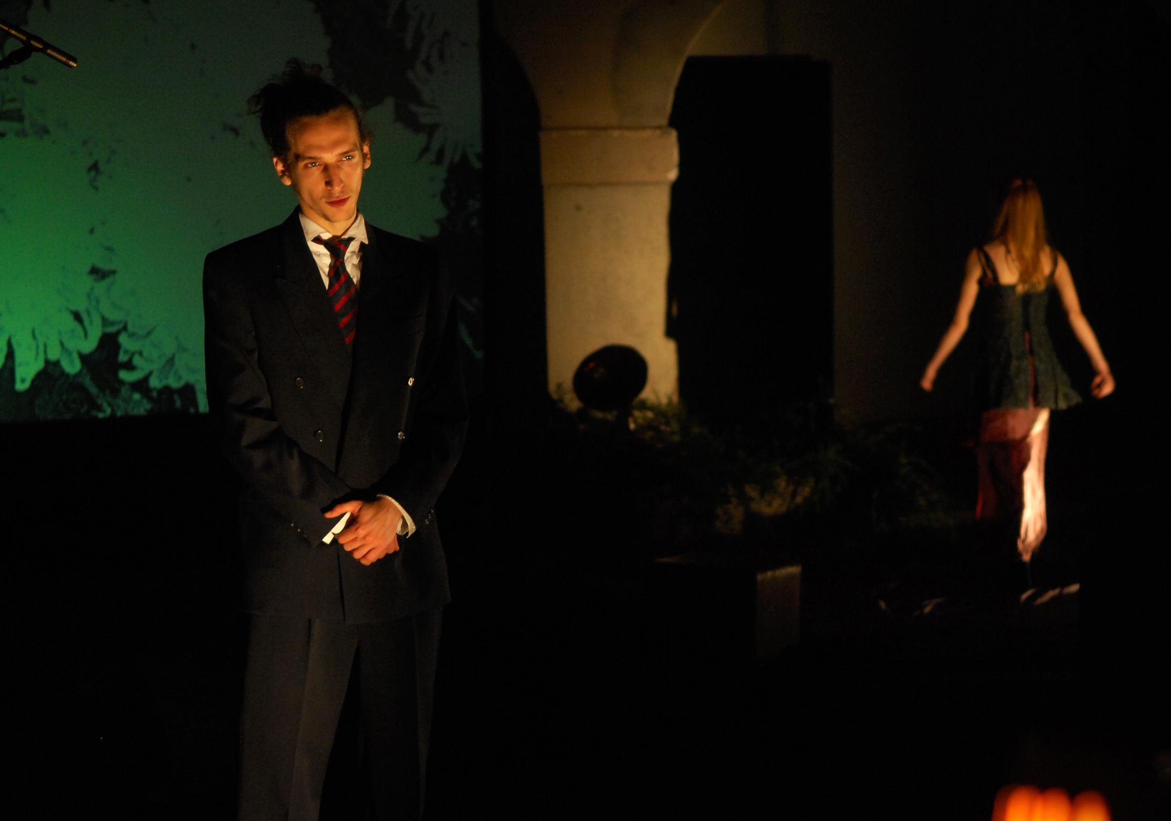 "Kasija Vrbanac i Karlo Mrkša na generalnoj probi predstave ""Igra oko smrti/Lozinka: Krizanteme. Foto: Mladen Volarić"